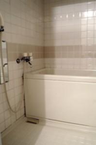 森川商事さんの賃貸マンショの浴室(施工前)