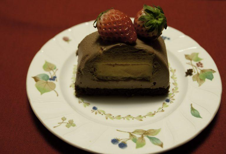取り分けた窪田さんのケーキ