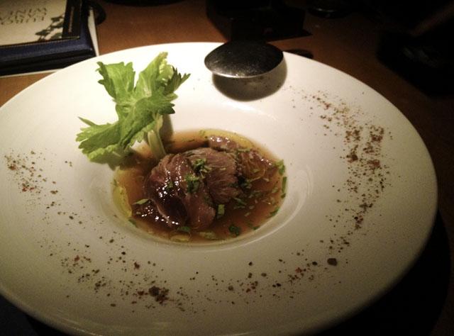 堀江ブルーのマグロのほほ肉の炙りの写真