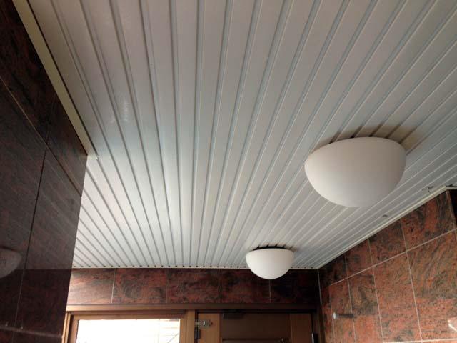施工前のリブの天井