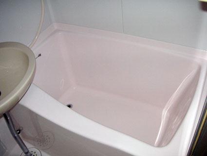 浴槽をコーティングしたアップ写真です。
