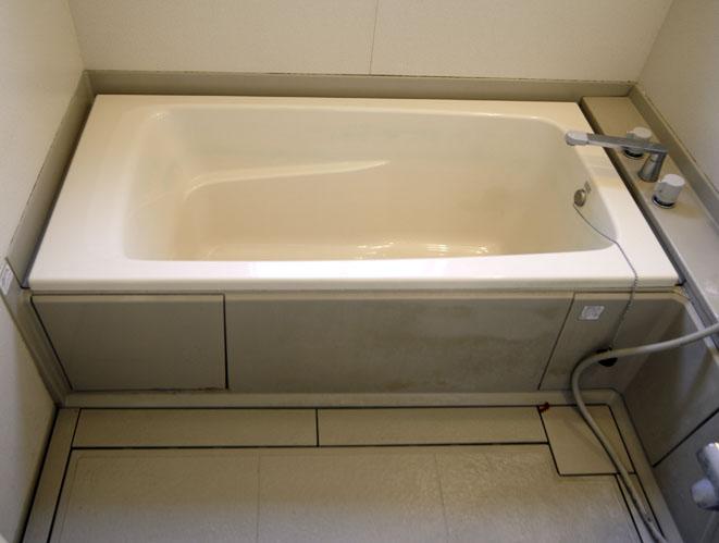 八尾居宅の汚いユニットバスのお風呂