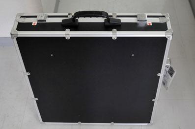 持ち運べる撮影機材のアタッシュケース