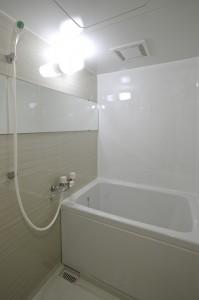 お風呂コーティング ハイツ寿見礼213号室