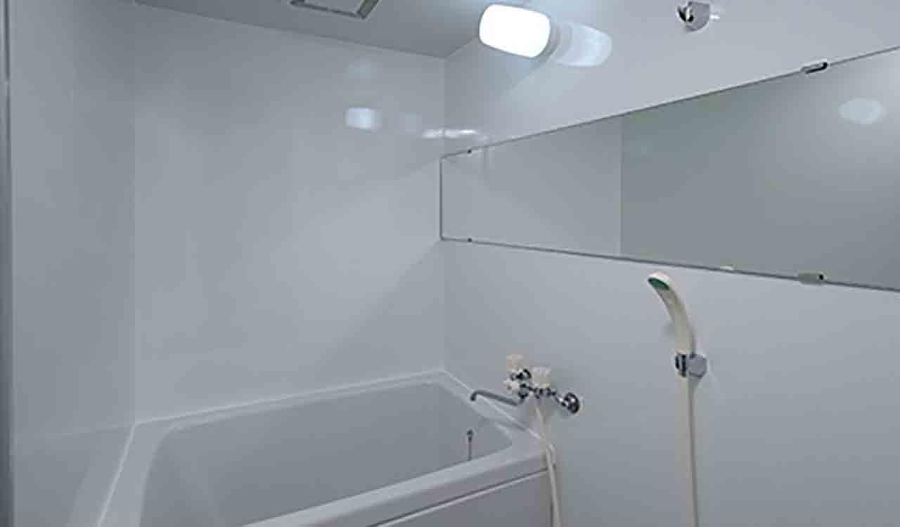 アイカ工業の浴室セラールを使ったユニットバスの壁