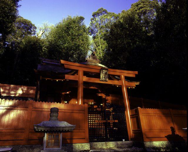 安倍文殊院近くの神社