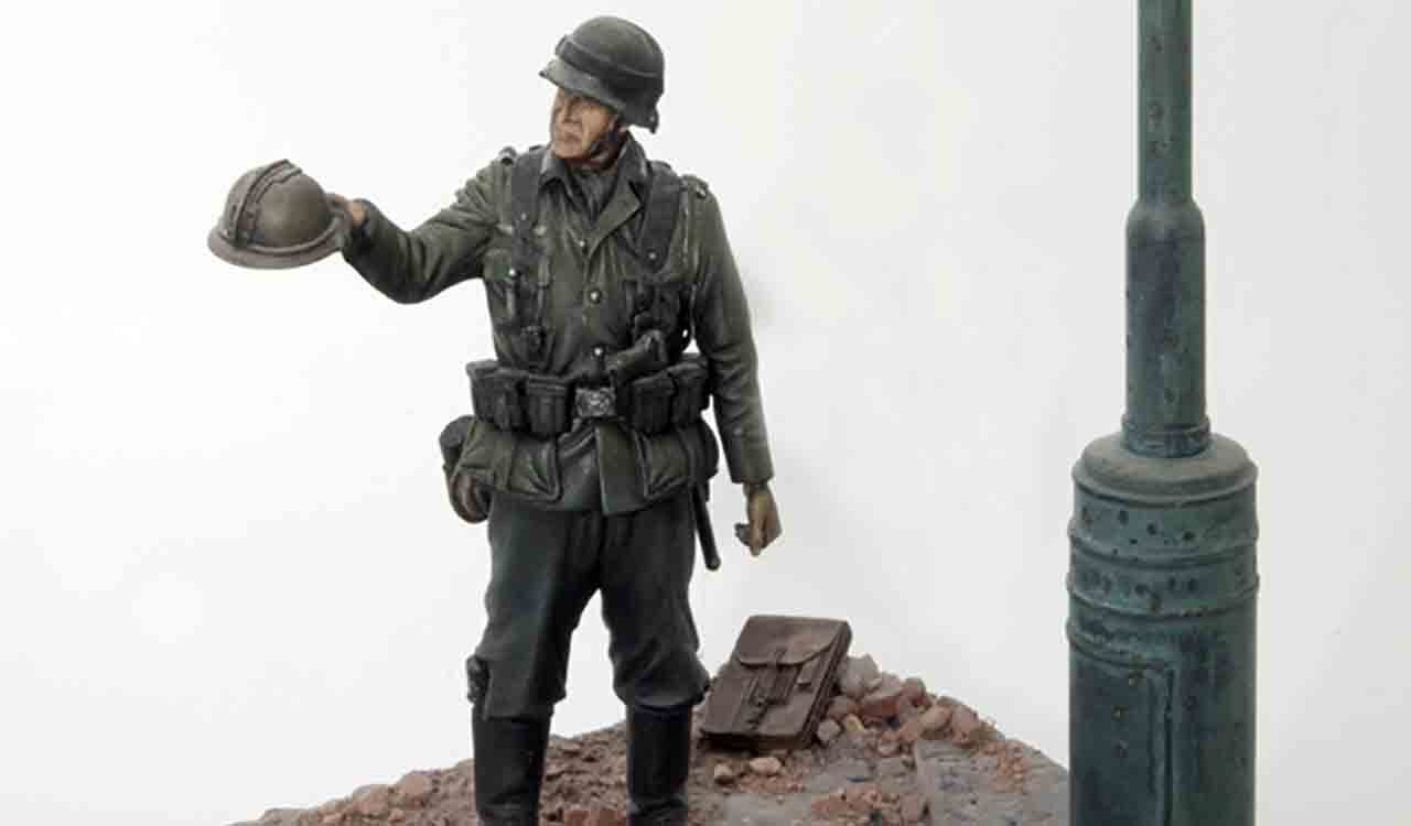 フランス占領後のドイツ軍歩兵の120mmフィギュアの塗装完成した写真