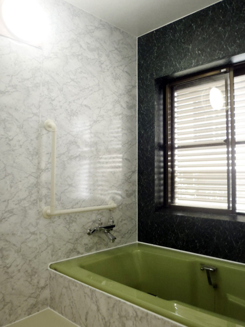 施工後のタイルの風呂