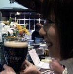 新梅田食道街の三起で大喜びの女王