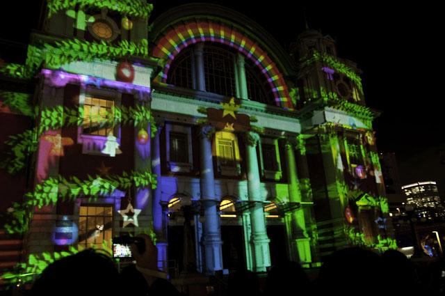 光のショーの中央公会堂2