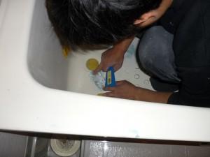亀裂がある浴槽の補修写真