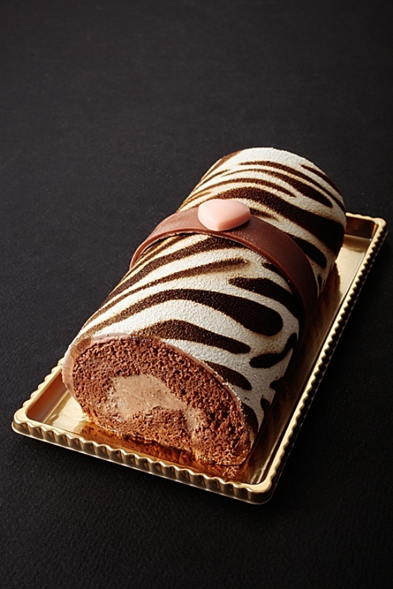 窪田秀樹さんのゼブラ柄の新作バレンタインケーキ