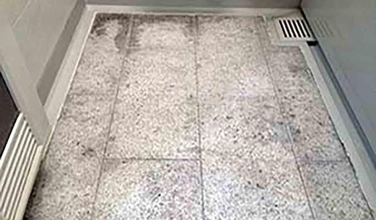 分譲マンションのユニットバスの床リフォーム