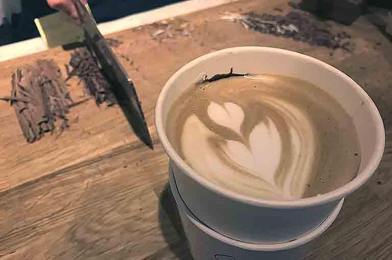 cafe no umedaのブロンコラテのこだわり