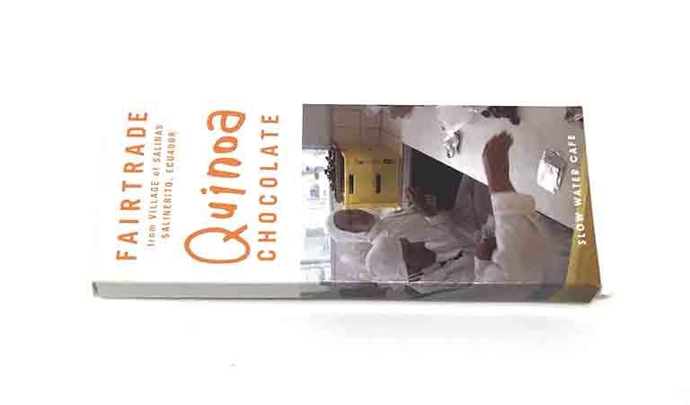 スローウォーターカフェのエクアドルサリネリートキヌアチョコレートの写真